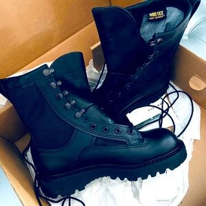 New in Box! Bates Army Infantry Combat Boots